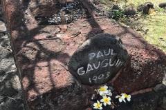 Gauguin_s-grave-IMG_3226